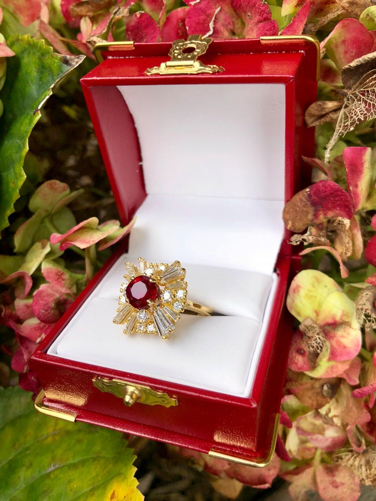 GIA Certified Natural Corundum Ruby and Diamond 18 Karat Yellow Gold Ring For Sale 2