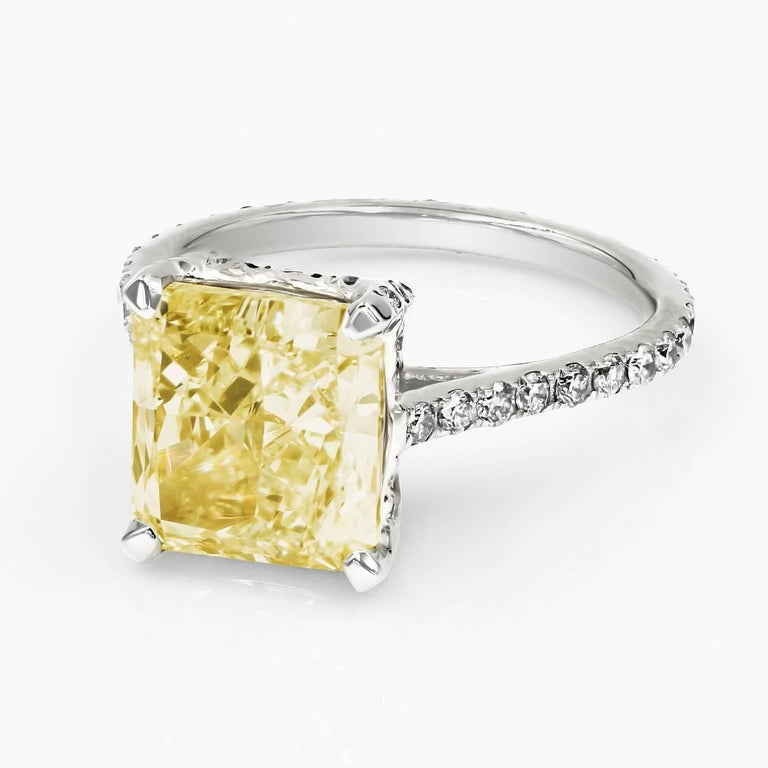 Contemporary GIA Certified Natural Light Yellow 3.80 Carat Chardonnay Diamond® Ring For Sale