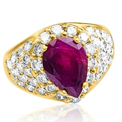 GIA Certified Natural Ruby Ring & Diamonds 18 karat Yellow Gold Pear Shape Ruby