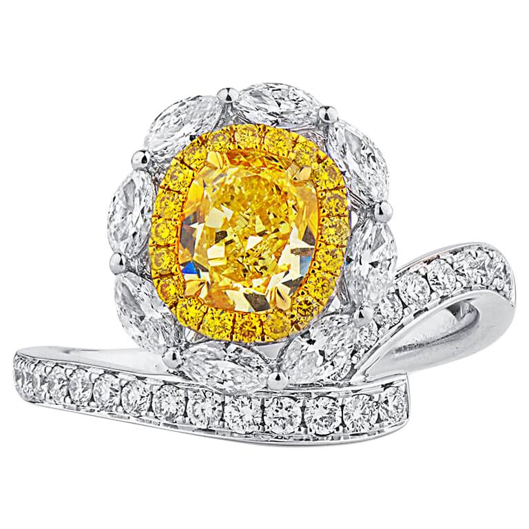 GIA Certified Natural Untreated Fancy Yellow Diamond Engagement Cocktail Ring For Sale