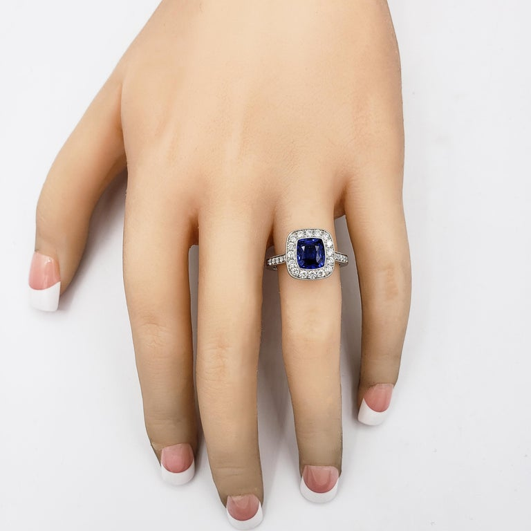 GIA Certified No Heat Blue Sapphire and Diamond Halo Engagement Ring In New Condition For Sale In New York, NY