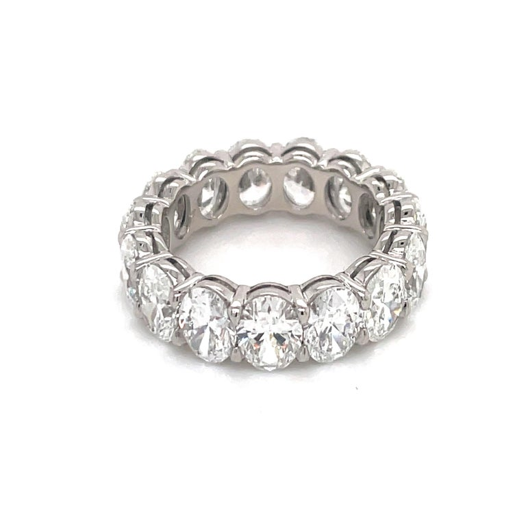 Contemporary GIA Certified Oval Cut Diamond Wedding Band 7.64 Carats D-F VVS-VS Platinum For Sale