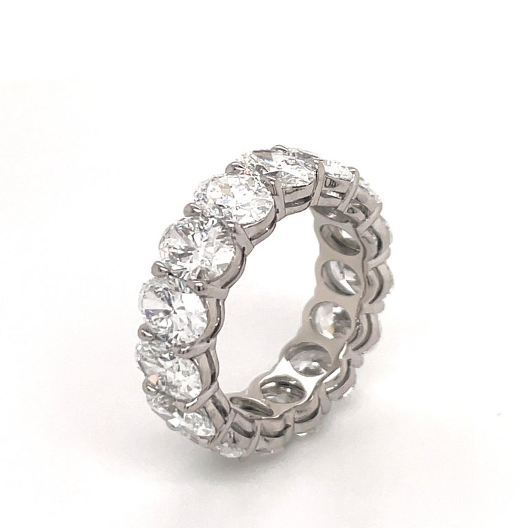 GIA Certified Oval Cut Diamond Wedding Band 7.64 Carats D-F VVS-VS Platinum In New Condition For Sale In New York, NY