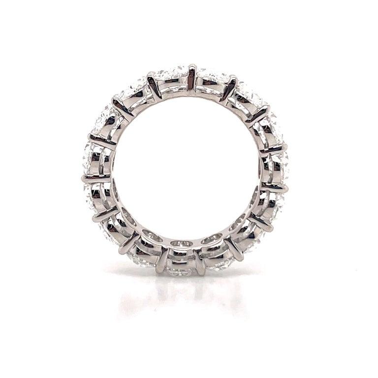 Women's GIA Certified Oval Cut Diamond Wedding Band 7.64 Carats D-F VVS-VS Platinum For Sale