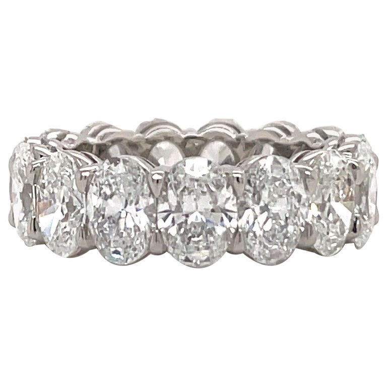 GIA Certified Oval Cut Diamond Wedding Band 7.64 Carats D-F VVS-VS Platinum For Sale