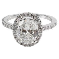GIA Certified Oval Halo Diamond Ring in 18 Karat Gold I VS2 2.25 Carat
