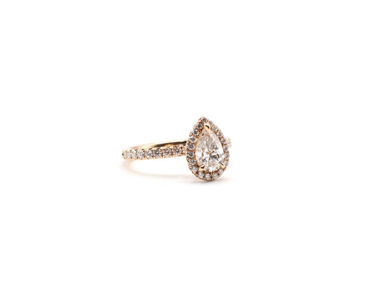 GIA Certified Pear Shape Diamond .90 Carat E SI1 Halo Rose/Pink Gold Ring For Sale 2