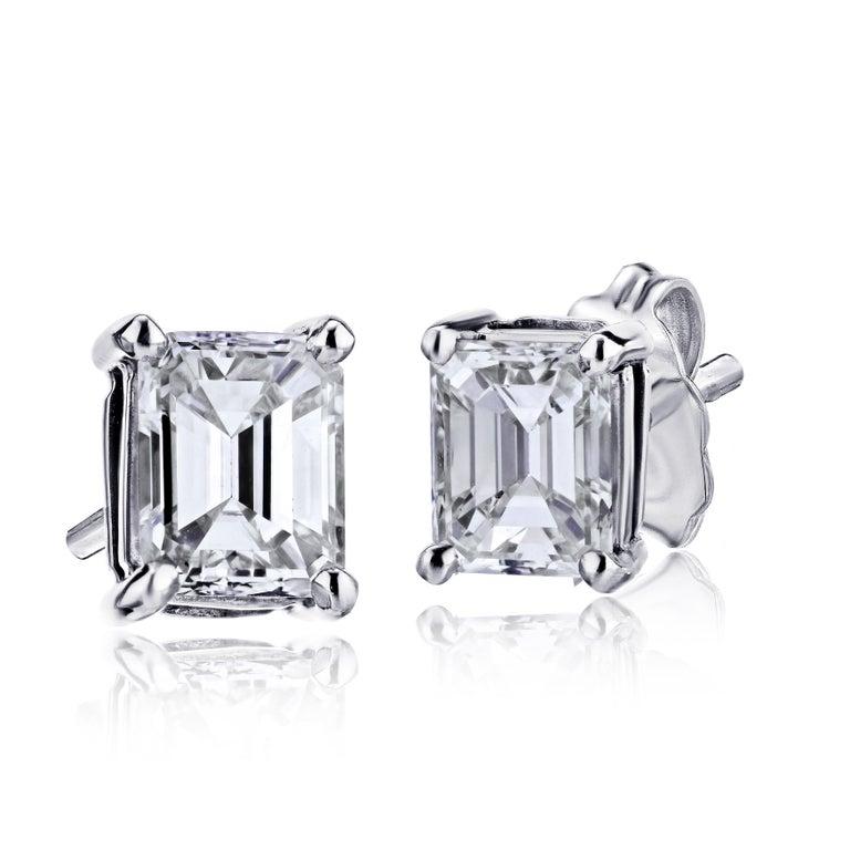 Contemporary GIA Certified Platinum Emerald Cut Diamond Studs 1.00 Carat Total For Sale