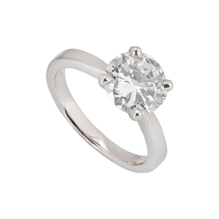 GIA Certified Round Brilliant Diamond Solitaire Engagement Ring 2.31 Ct F/VVS2 For Sale
