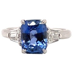 GIA Certified Sapphire Diamond Three-Stone Ring 18 Karat White Gold No Heat