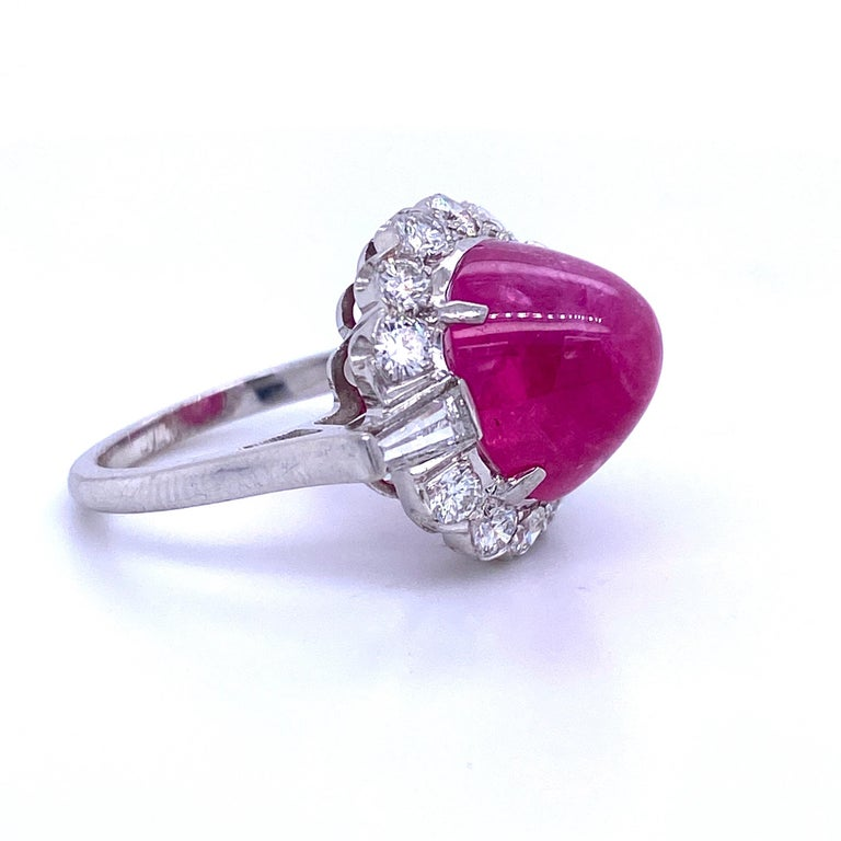 GIA Certified Sugar Loaf Ruby No Heat Diamond Ring Platinum 11.92 Carat In Excellent Condition For Sale In New York, NY