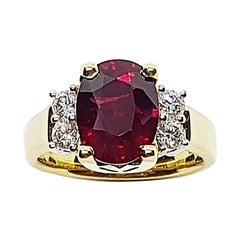GIA Certified Unheated 4 carat Ruby with Diamond Ring Set in 18 Karat Gold