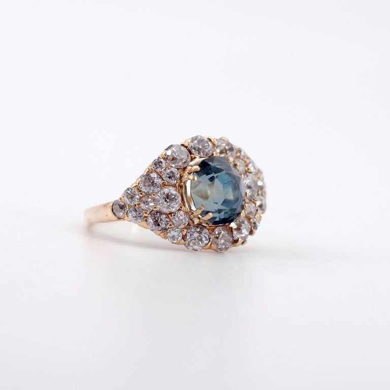 Women's or Men's GIA Certified Unheated Montana Sapphire and Diamond Cluster Engagement Ring For Sale