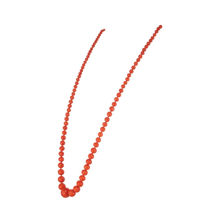 Round Cut GIA Certified Victorian 1900s Polished Natural Orange Coral Graduated Necklace For Sale