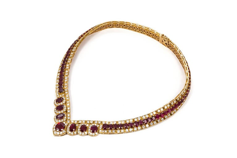 GIA Certified Vintage 18 Karat Yellow Gold Diamond and Ruby Graduated Necklace In Excellent Condition For Sale In Tustin, CA