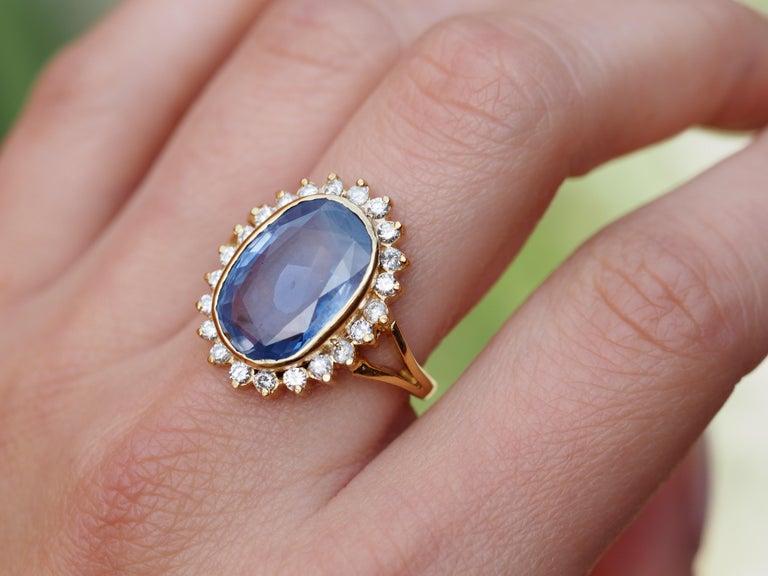 GIA Certified Vintage Ceylon Sapphire Diamond Halo Ring in 14 Karat Yellow Gold For Sale 2