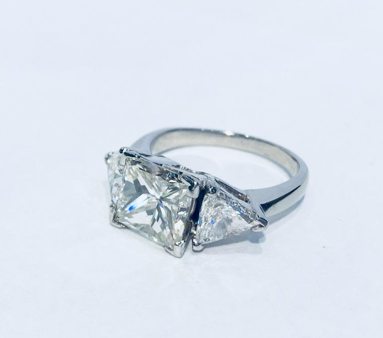 Women's GIA Certified VS2 4.13 Carat Center Princess Diamond With 2 Carats of Trillions For Sale