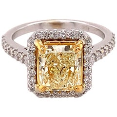 GIA Certified Yellow Radiant Cut Diamond Engagement Ring 2.40 CTTW