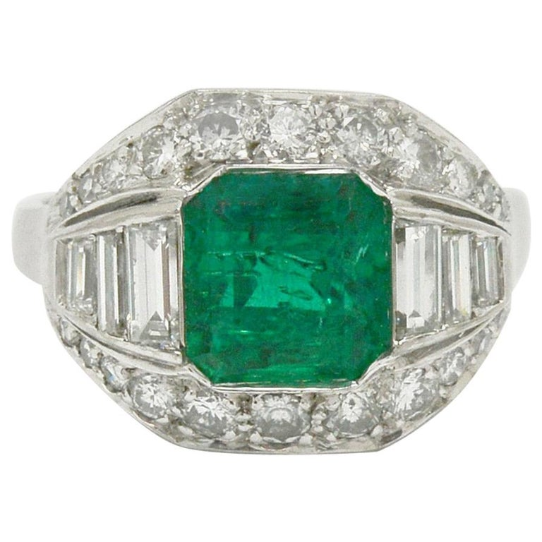 GIA Certified Colombian Emerald Art Deco Engagement Ring Cocktail 4 Carat Total For Sale