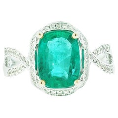 GIA Emerald and Diamond Solitaire Ring 2.57 Carat, VS White Gold