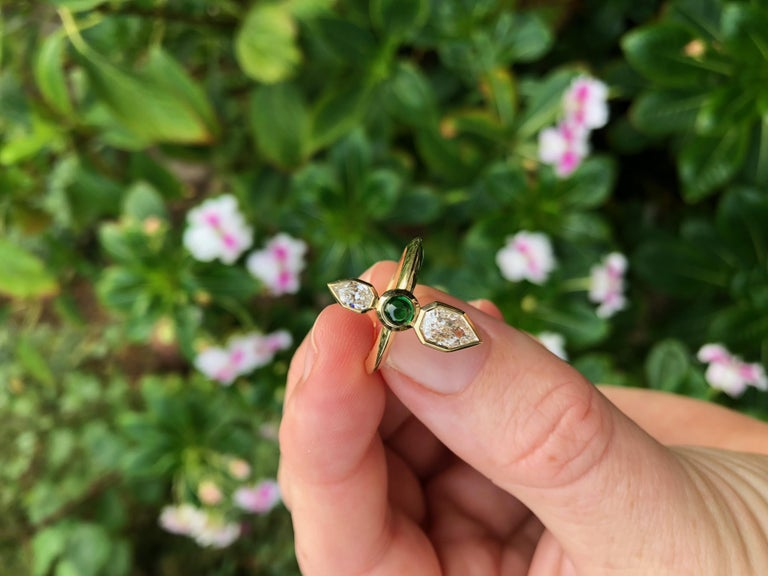 GIA Empress Cut Diamond and Tsavorite 18 Karat Gold Engagement Ring In New Condition For Sale In Berkeley, CA