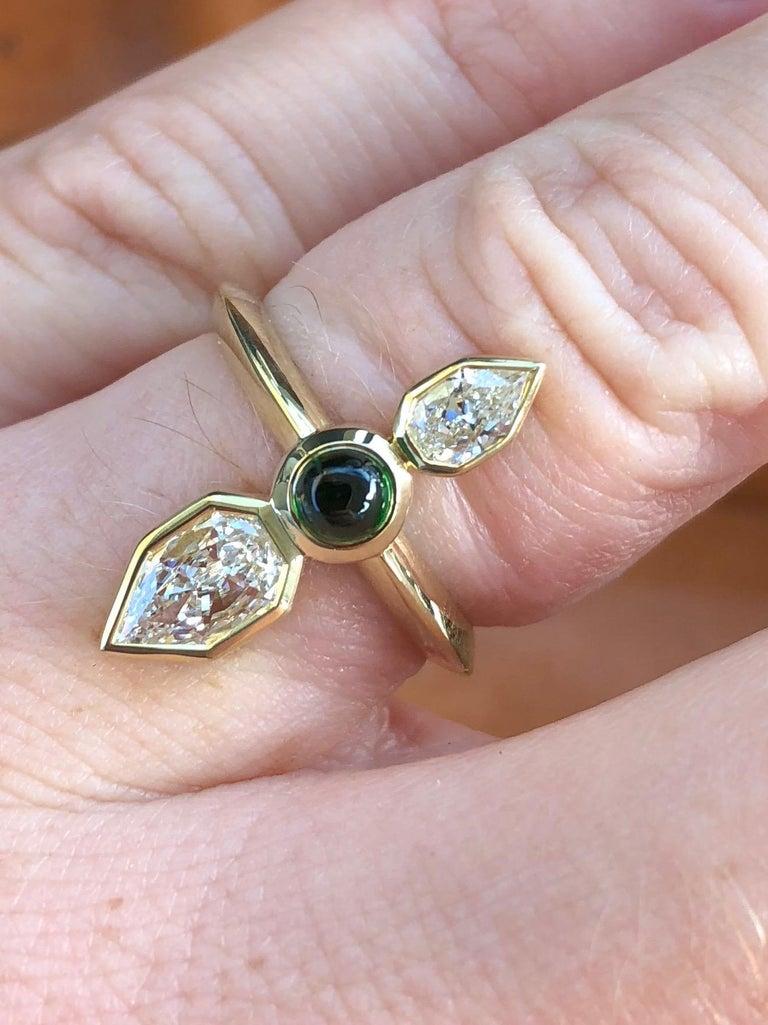 GIA Empress Cut Diamond and Tsavorite 18 Karat Gold Engagement Ring For Sale 1