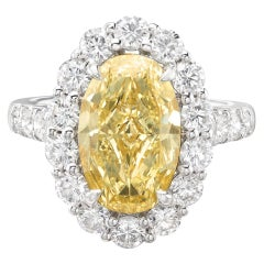 GIA Fancy Light Yellow 4.15-Ct Oval Diamond Ring