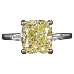 GIA Fancy Light Yellow Cushion 4.20 Carat Diamond Platinum Ring SI2 Clarity
