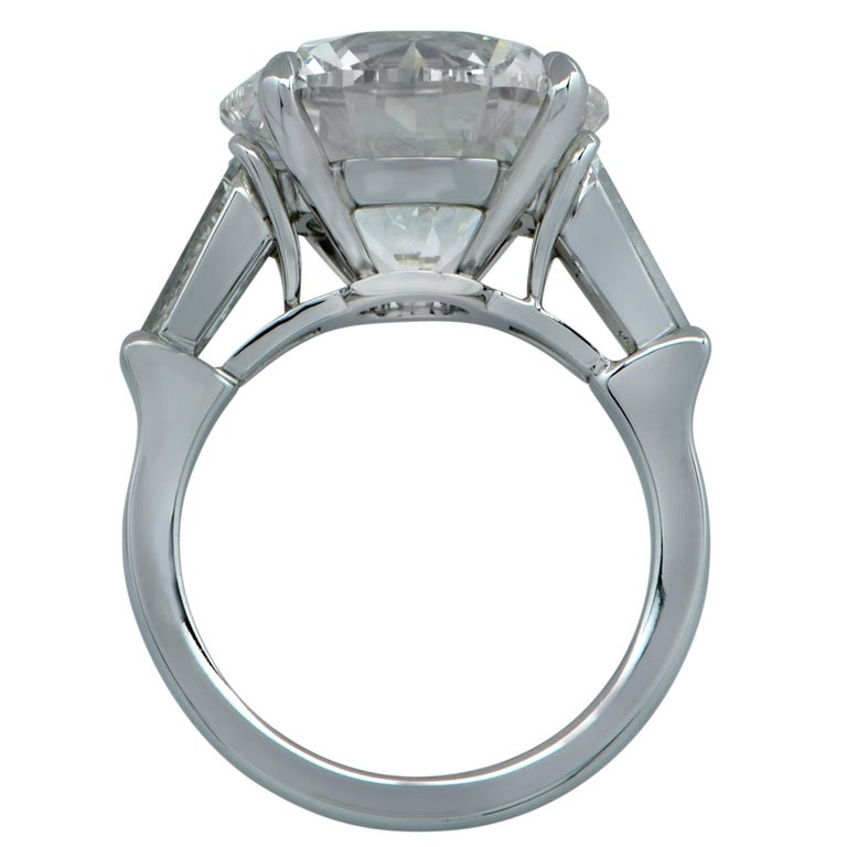 Round Cut Vivid Diamonds GIA Certified 10.01 Carat Diamond Engagement Ring
