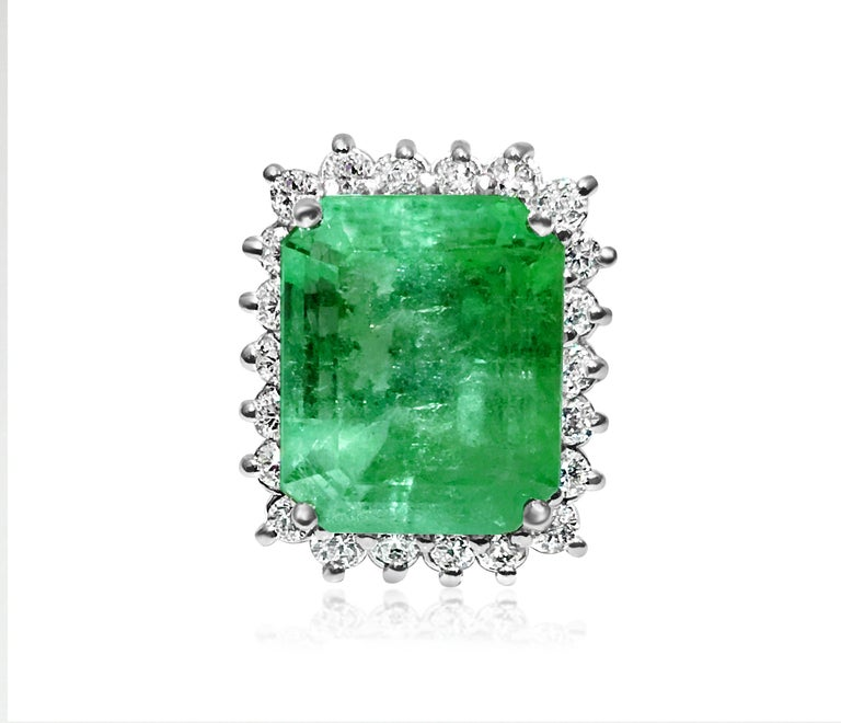 Modern GIA Certified Natural 20 Carat Colombian Emerald Diamond Ring For Sale