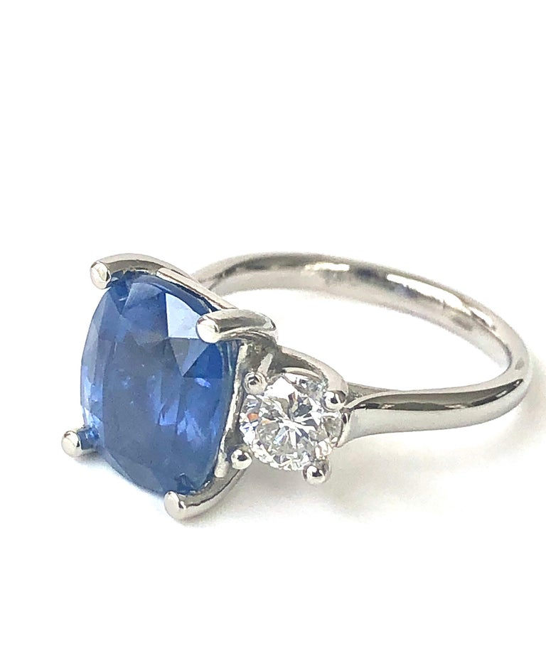 GIA Natural No Heat Ceylon Sapphire and Diamond Engagement Platinum Ring For Sale 5