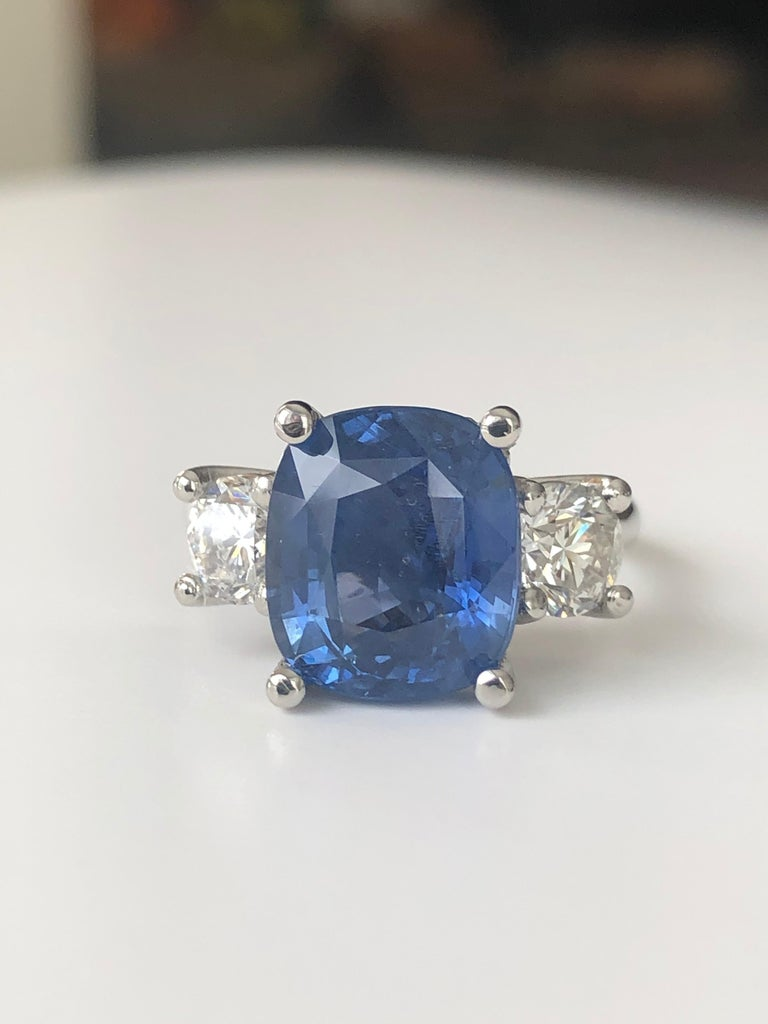 GIA Natural No Heat Ceylon Sapphire and Diamond Engagement Platinum Ring In New Condition For Sale In Brunswick, ME