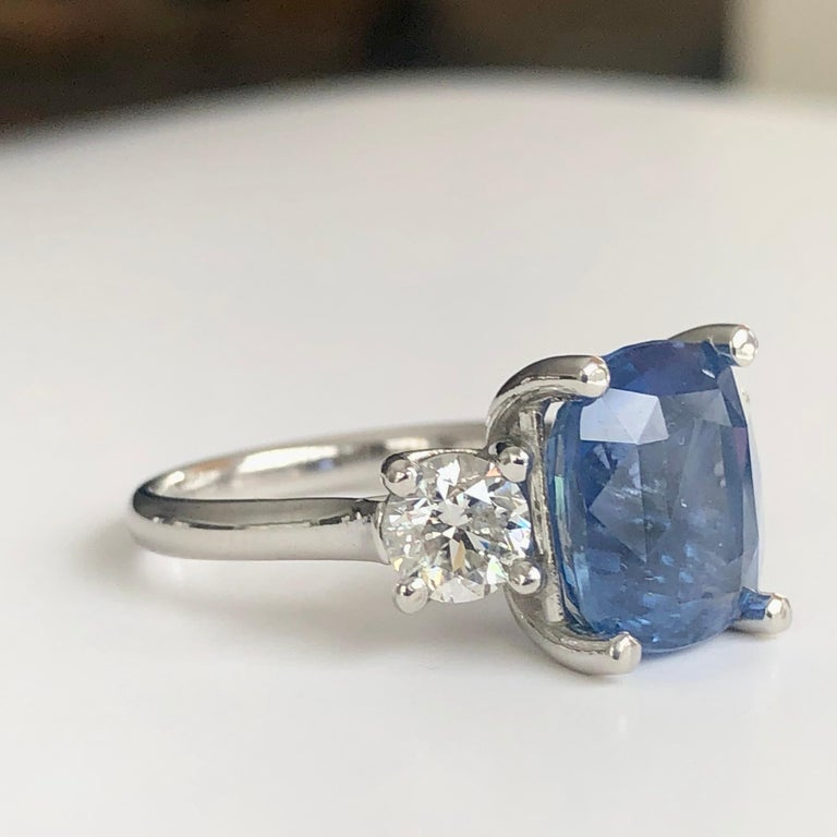 GIA Natural No Heat Ceylon Sapphire and Diamond Engagement Platinum Ring For Sale 1