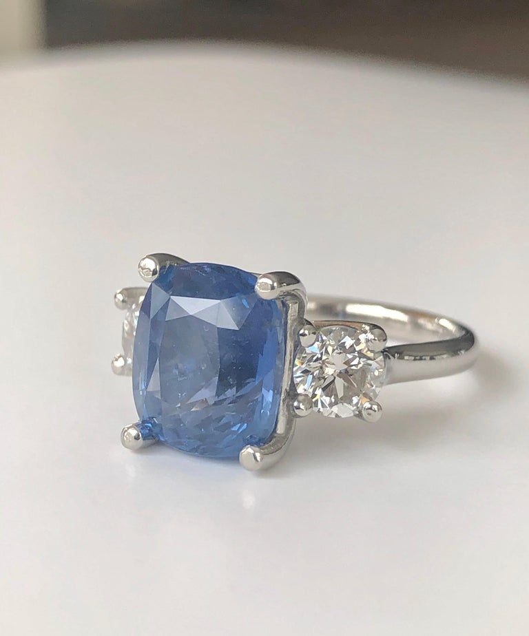 GIA Natural No Heat Ceylon Sapphire and Diamond Engagement Platinum Ring For Sale 2