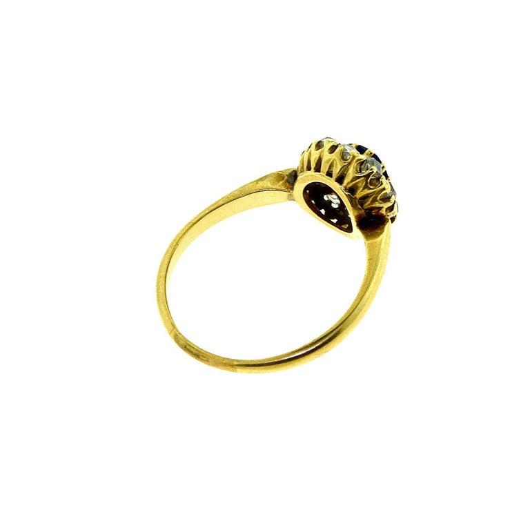 GIA No Heat Sapphire Antique Victorian Diamond Gold Ring In Good Condition For Sale In Miami, FL