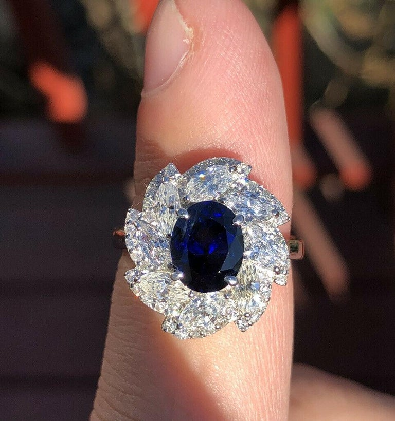 Wow Platinum Natural No Heat Sapphire & Diamond Ring 4.41ctw     Beautiful sapphire & diamond ring   Very elegant for everyday wear !!   Approx 1.92 ctw of diamonds G-H VS  Sapphire size approx ct 2.49    100% NATURAL NO HEAT   Size 5 3/4  Weight