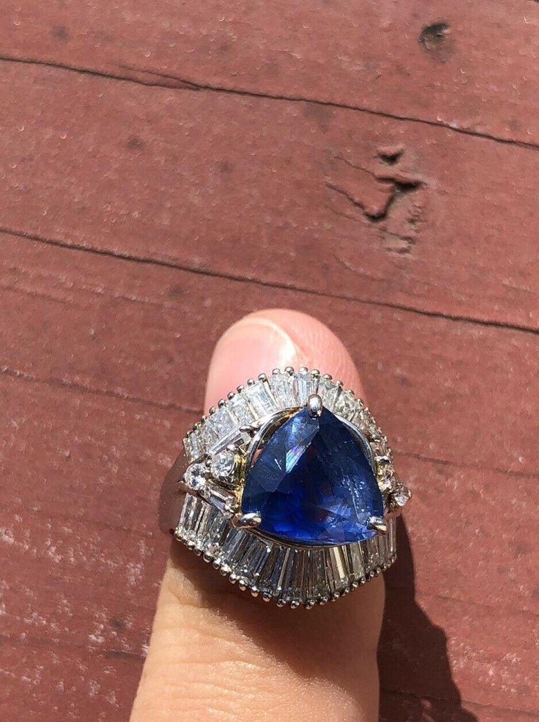 GIA Platinum Natural Sapphire and Diamond Ring 6.79 Carat In Good Condition For Sale In Beverly Hills, CA