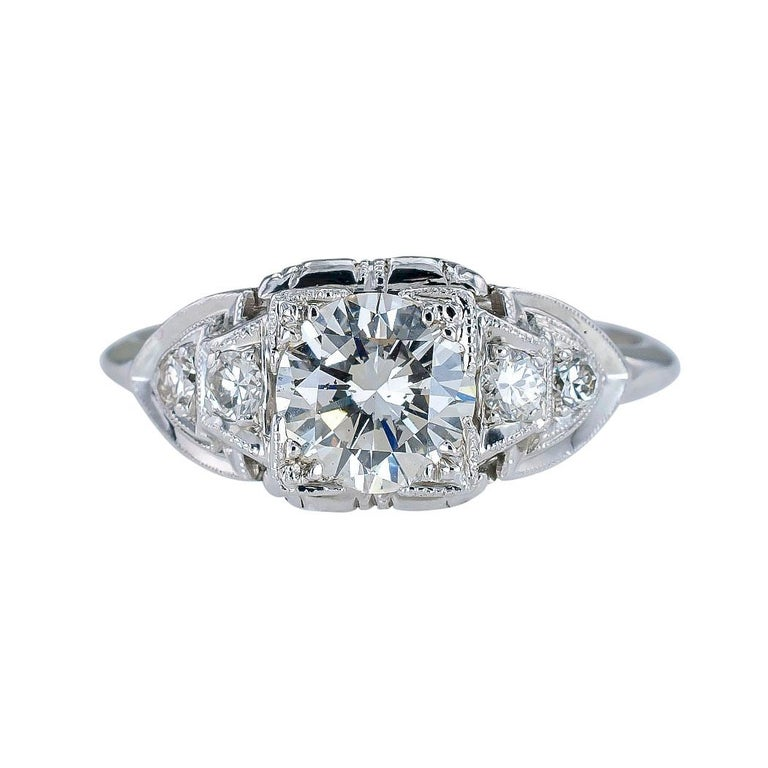 Round Cut GIA Report Certified 0.83 Carat Diamond Solitaire Platinum Engagement Ring For Sale