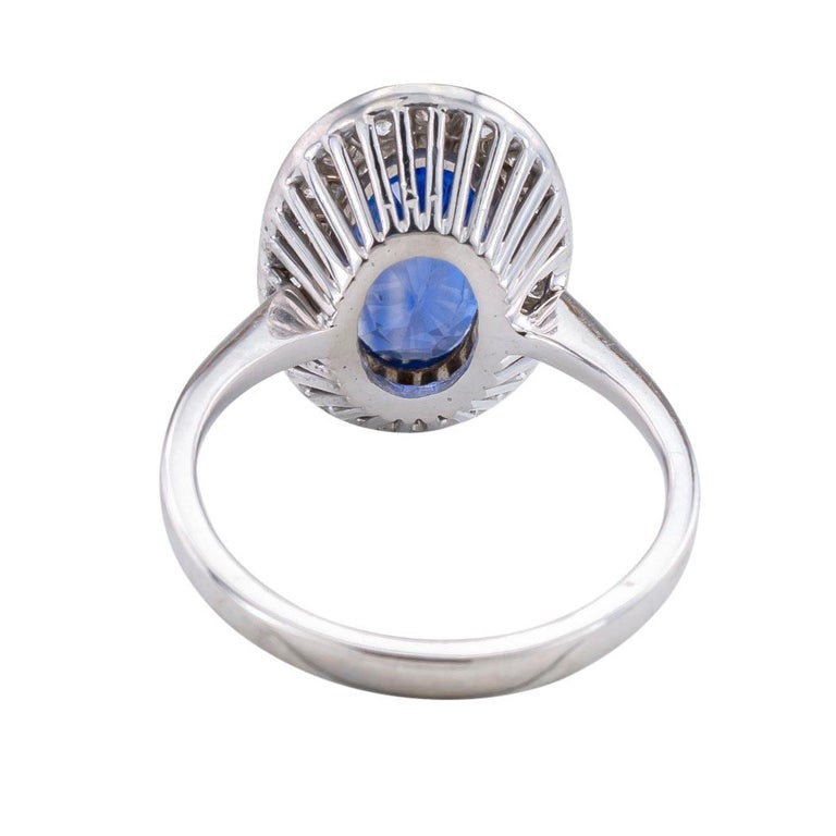 Oval Cut GIA Report Certified Unheated Ceylon Blue Sapphire Diamond White Gold Ring For Sale