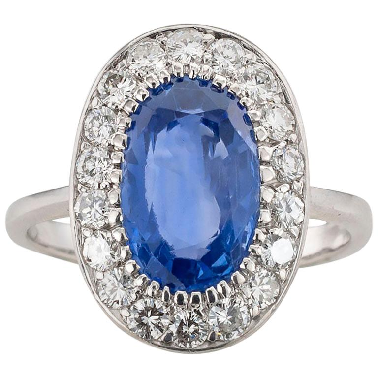 GIA Report Certified Unheated Ceylon Blue Sapphire Diamond White Gold Ring For Sale