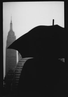 Untitled #9 (Umbrella Empire State Building) from New York - Street Photography