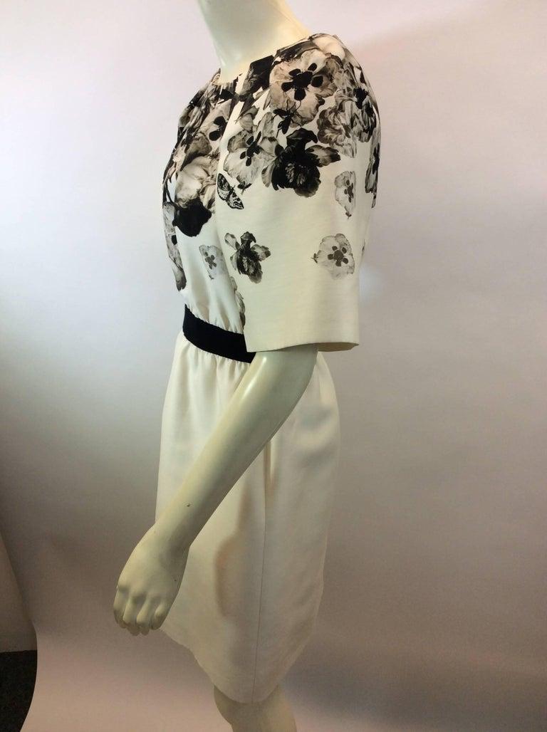 Giambattista Valli Black and White Print Silk Dress Made in Italy 50% Silk 50% Wool Lining- 100% Silk $559 Size 4 Length 35