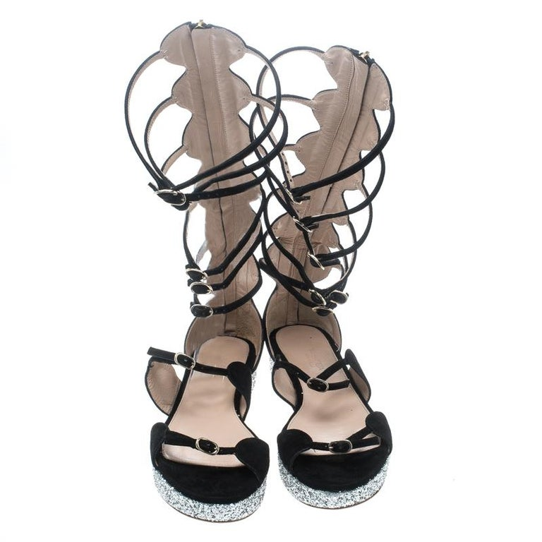 e8acc35a8 Giambattista Valli Black Suede Glitter Platform Flat Gladiator Sandals Size  38.5 In Good Condition For Sale