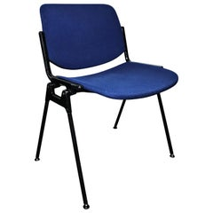 Giancarlo Piretti 15 Stackable Chairs for Castelli, circa 1960