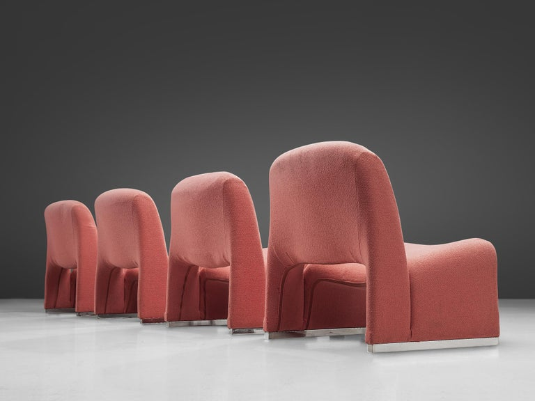 Giancarlo Piretti 'Arki' Easy Chairs in Pink Upholstery For Sale 2