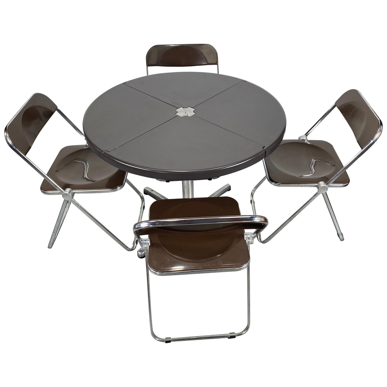 Giancarlo Piretti for Castelli Modern 'Plia' Folding Table and Chairs, Italy