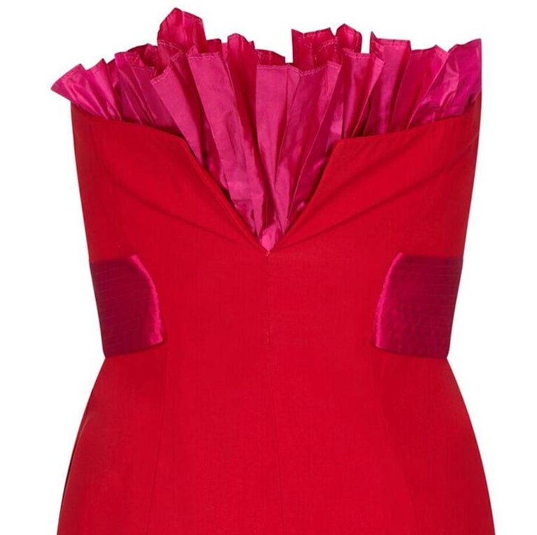 Women's Gianfranco Ferre 1980s Crimson Cocktail Dress With Shocking Pink Fan Detail For Sale