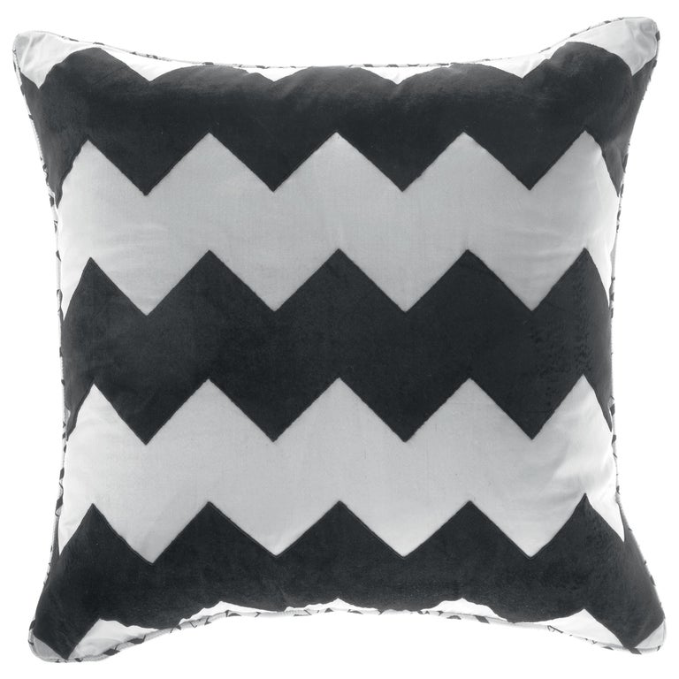 Gianfranco Ferré Alameda Black and White Cushion in Velvet and Shantung For Sale