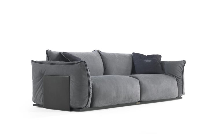 Gianfranco Ferré Clapton Sofa in Leather Upholstery For Sale 1