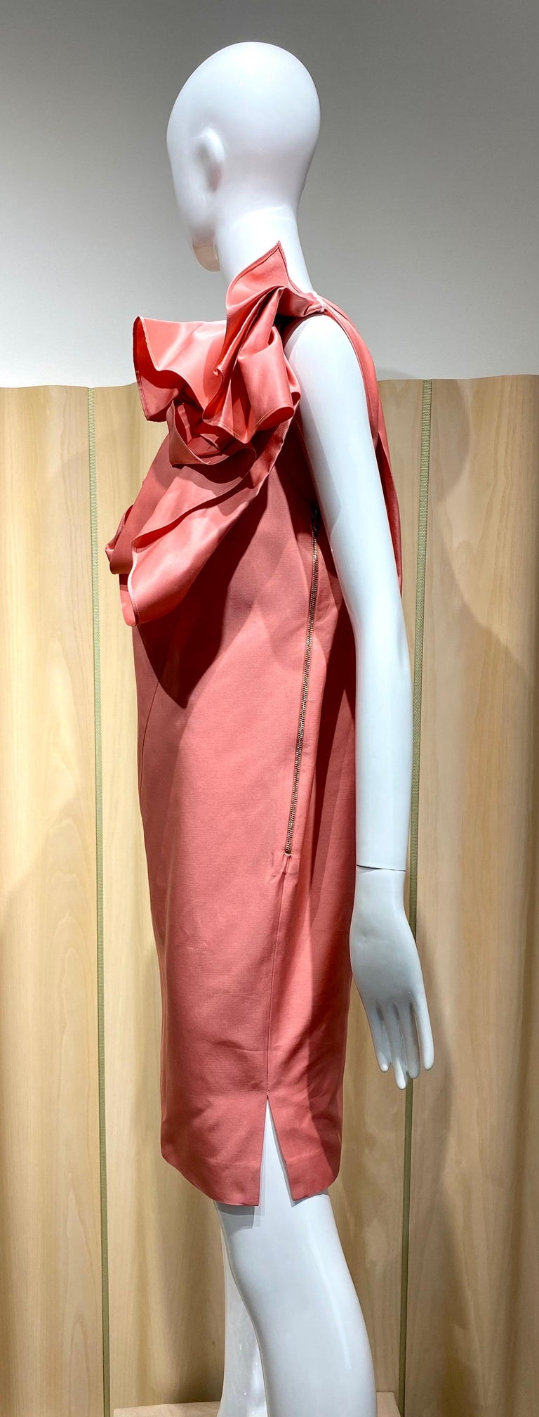 Gianfranco Ferre Coral silk cocktail Dress For Sale 4